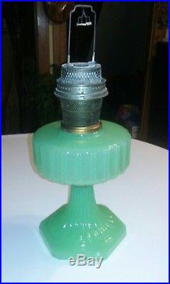 VTG Antique Aladdin Jadeite Moonstone Kerosene Oil Table Lamp