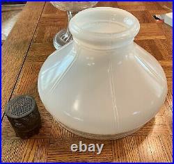Vintage 1930s Aladdin Beehive Pattern Kerosene Oil Lamp With Shade 701B