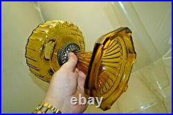 Vintage 1935 36 Aladdin Corinthian Amber Oil Kerosene Lamp