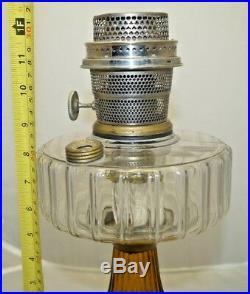 Vintage 1935 36 Aladdin Crystal / Amber Base B106 Corinthian Kerosene Oil Lamp