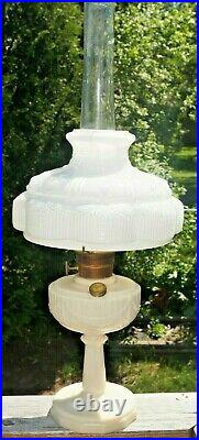 Vintage 1940s Aladdin Alacite Lincoln Drape Oil Kerosene Lamp With 501 Glass Shade
