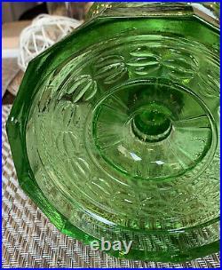 Vintage 1941-42 Green B-54 Washington Drape Plain Stem Kerosene Oil Lamp Pre WW2