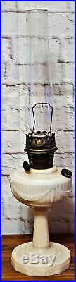 Vintage Aladdin Alacite Tall Lincoln Drape Kerosene Oil Lamp ORIGINAL Chimney