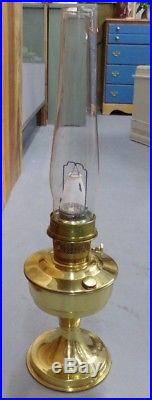 Vintage Aladdin Brass Table Oil Lamp Model 23 With Glass Chimney EUC