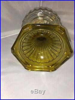 Vintage Aladdin Corinthian Crystal & Amber Base B106 Kerosene Oil Lamp withShade