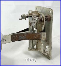 Vintage Aladdin Model No. 23 Railroad Caboose Kerosene Oil Lamp WithBracket