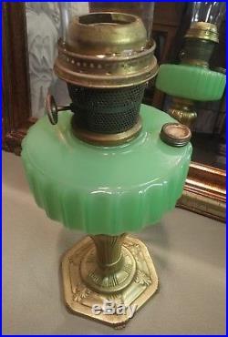 Vintage Aladdin Nu-type Model B Jadeite Oil/kerosene Lamp Excellent Condition