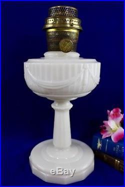 Vintage Aladdin TALL LINCOLN DRAPE Alacite Oil Lamp Model B BrassBurner Pre WWII