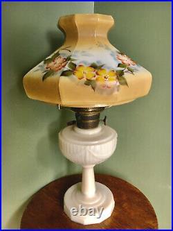 Vintage Aladdin TALL LINCOLN DRAPE KEROSENE LAMP Alacite Hand-Painted Shade