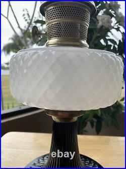 Vintage Aladdin White And Black Moonstone Quilt Kerosene Oil Lamp 1937