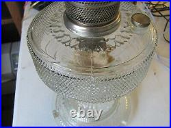 Vtg Aladdin Nu Type Model B Burner Patterned Clear Glass Base Kerosene Oil Lamp