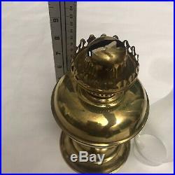 Vtg Aladdin Style Brass Lamp Oil Kerosene Parlor Lamp Hurricane Lantern Light