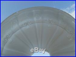 Vtg Old 10 White Moulded Crown Type Glass Kerosene Aladdin Oil Lamp Light Shade